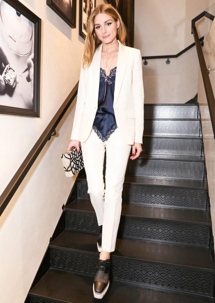 Bijoux le collier ras du cou collier femme idée costume blanc femme