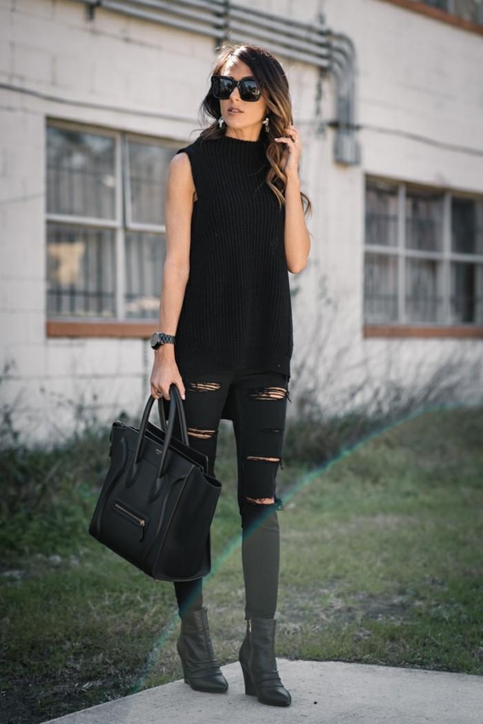 tenue avec bottines, lunettes de soleil, sac à main en cuir, pantalon déchiré