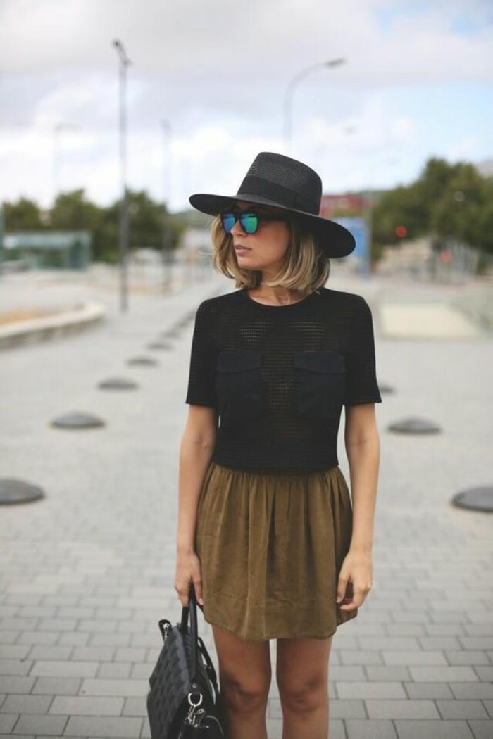 look-casual-femme-robe-décontractée-chic-tenue-casual-chic-tenue-simple-et-chic