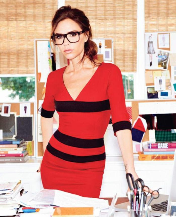 lunettes-de-vue-femme-Victoria-Beckam-avec-sa-propre-collection-de-lunettes-de-vue