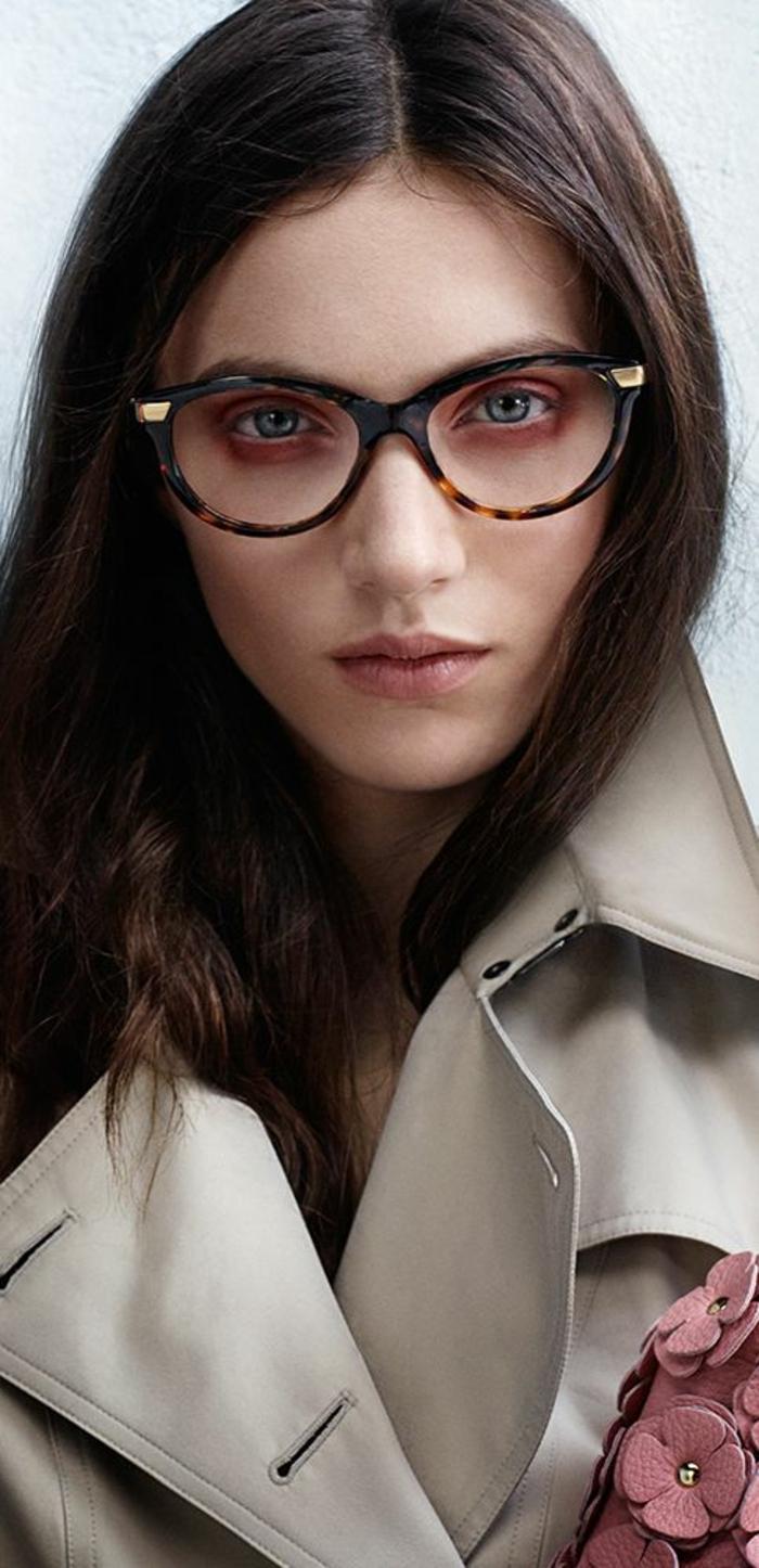 lunettes-de-vue-femme-look-sage-et-élégance-à-toute-épreuve