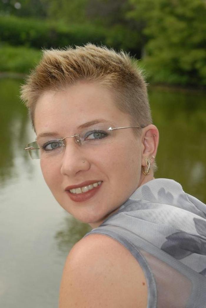 lunettes-femme-transparentes-et-très-délicates