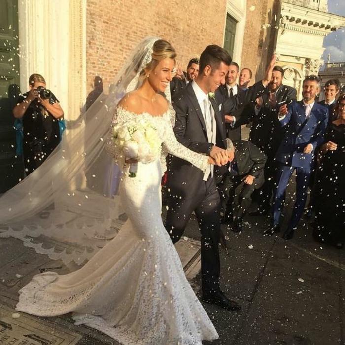 magnifique-robe-de-mariée-simple-et-pas-cher-inspiration-belle-mariee