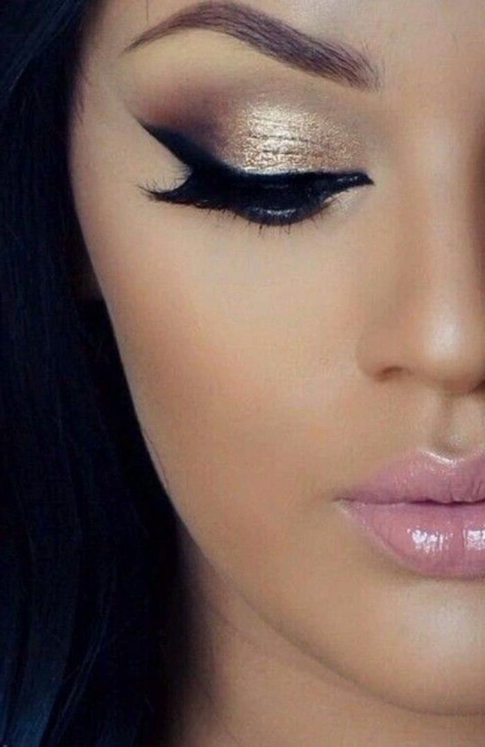 maquillage-des-yeux-doré-style-oeil-de-chat