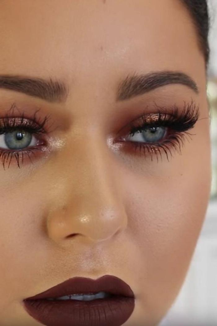 maquillage-marron-pour-yeux-bleus-rouge-à-lèvres-intense