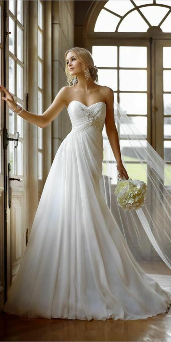 mariage-robe-de-mariée-longue-blanche-à-porter-le-jour-j