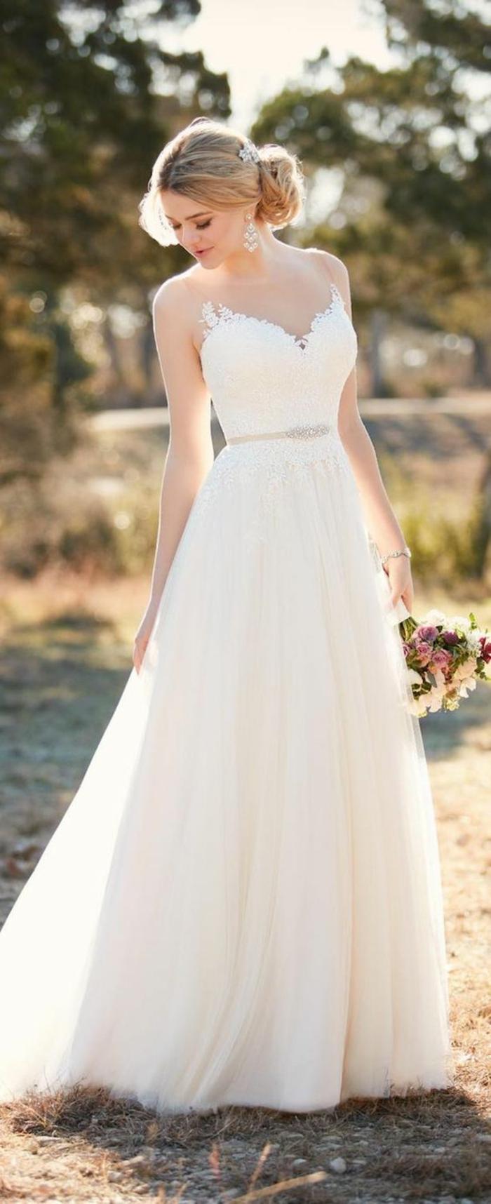 mariage-robe-de-mariée-longue-blanche-idee-robe-longue-sans-manches