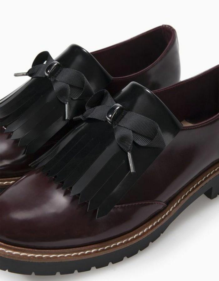 mocassin femmes en bordeaux et en noir avec des noeuds de chaussures en tissu