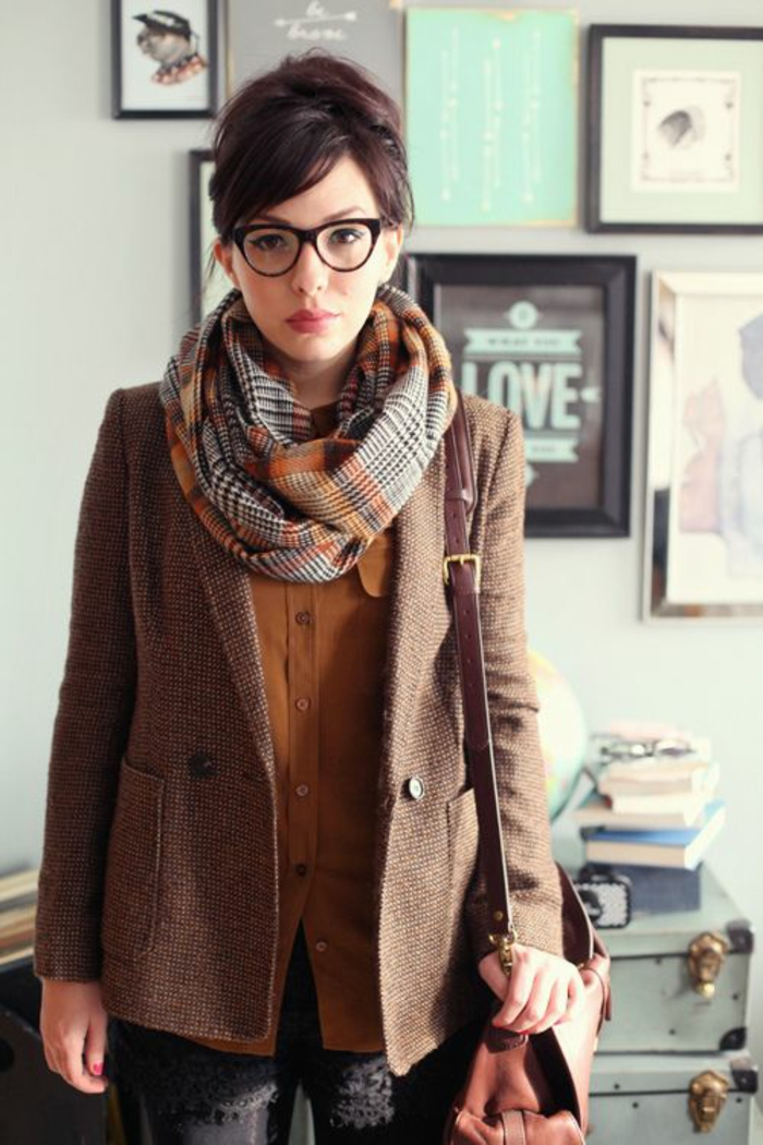 modele-de-lunette-de-vue-femme-chic-parisien