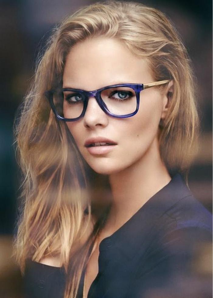 modele-de-lunette-de-vue-femme-de-couleur-effet-contraste-fort