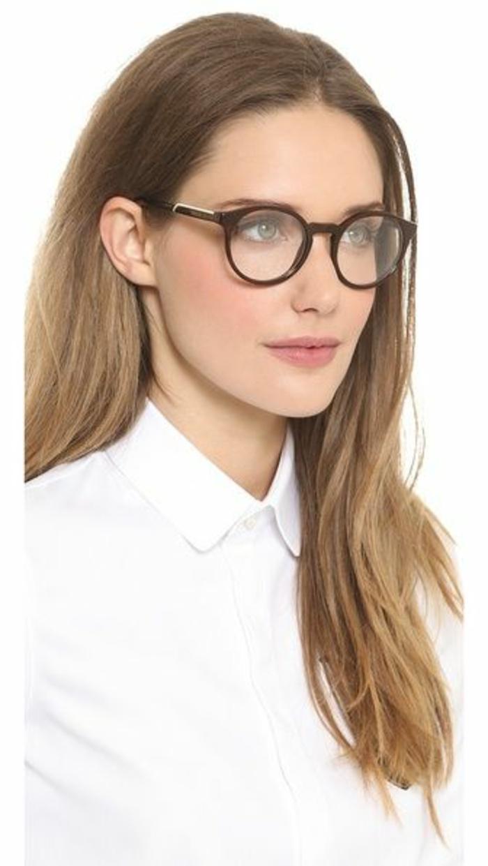 modele-lunette-de-vue-femme-élégance