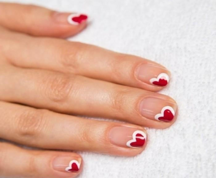 Manucure simple a faire id es de for Decoration ongle simple