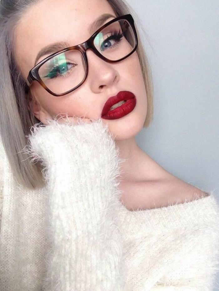 monture-de-lunette-femme-hyper-sexy-femme-vamp