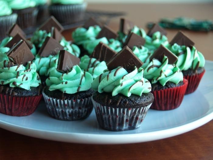 muffin facile mint cupcakes morceaux de chocolat decoration - Cupcake Colorant Alimentaire