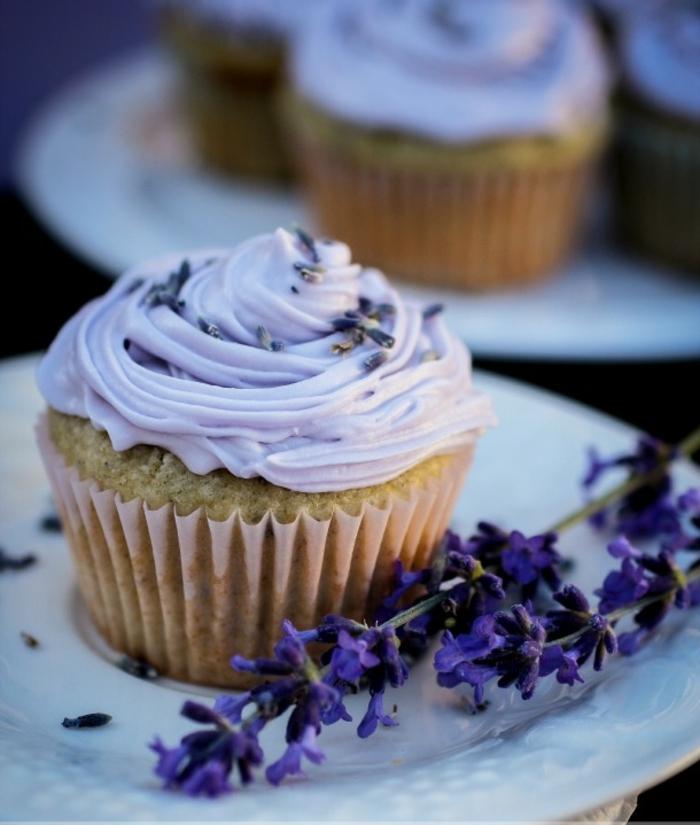 muffin vanille lavender cupcakes creme colorant alimentaire violette - Cupcake Colorant Alimentaire