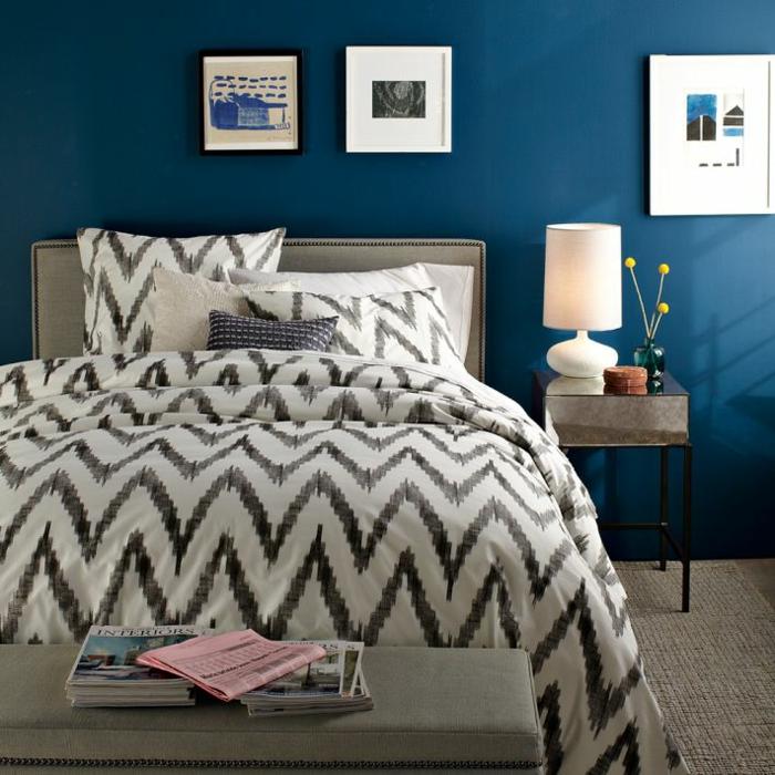 mur-bleu-canard-couleur-bleu-canard-paon-bleu-couverture-de-lit-moderne