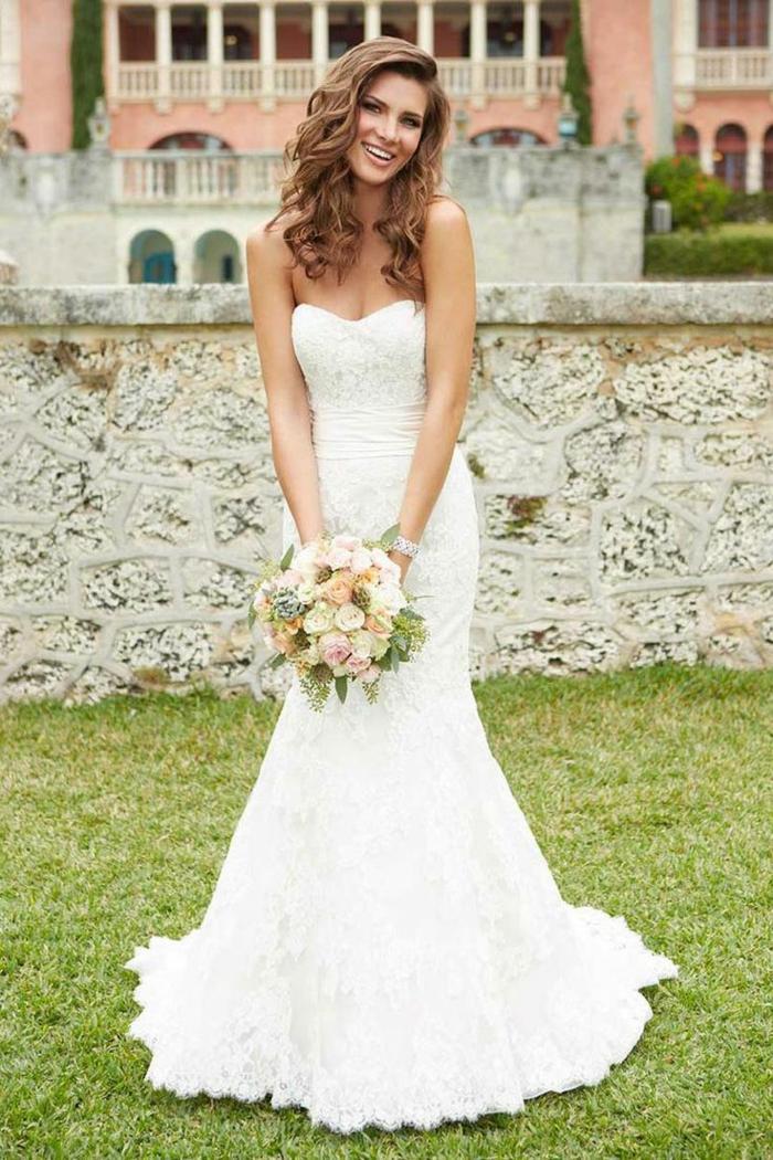 ootd-jour-j-robe-de-mariée-magnifique-bustier-robe-de-mariée-le-bouquet