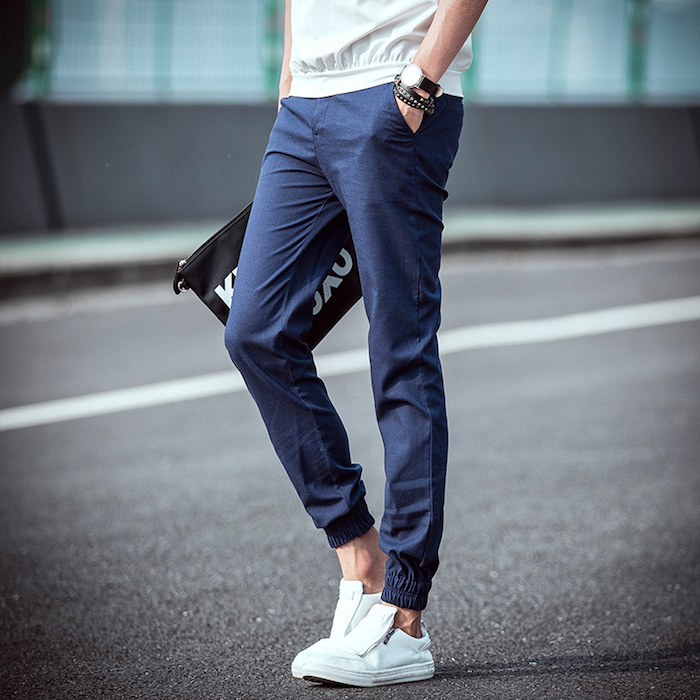 pantalon serré en bas homme chino bleu sans chaussette
