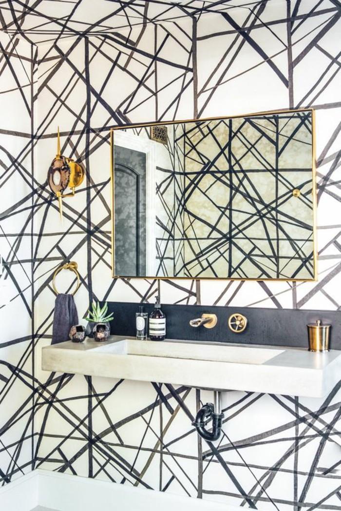 papier-peint-mural-salle-de-bains-moderne-déco-dorée-