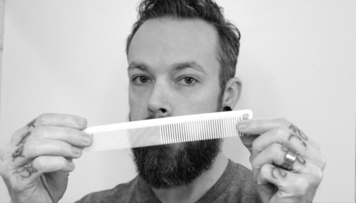 peigne corne barbe homme shampoing kit entretien produits