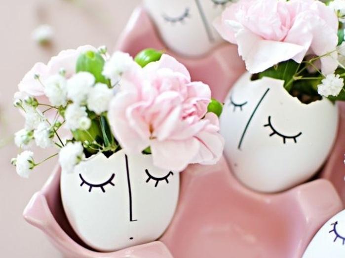 petit-bouquet-de-fleurs-dans-une-coquille-d-oeuf-idée-activité-manuelle-printemps-pour-enfants-et-adultes-bricolage-de-printemps-paques