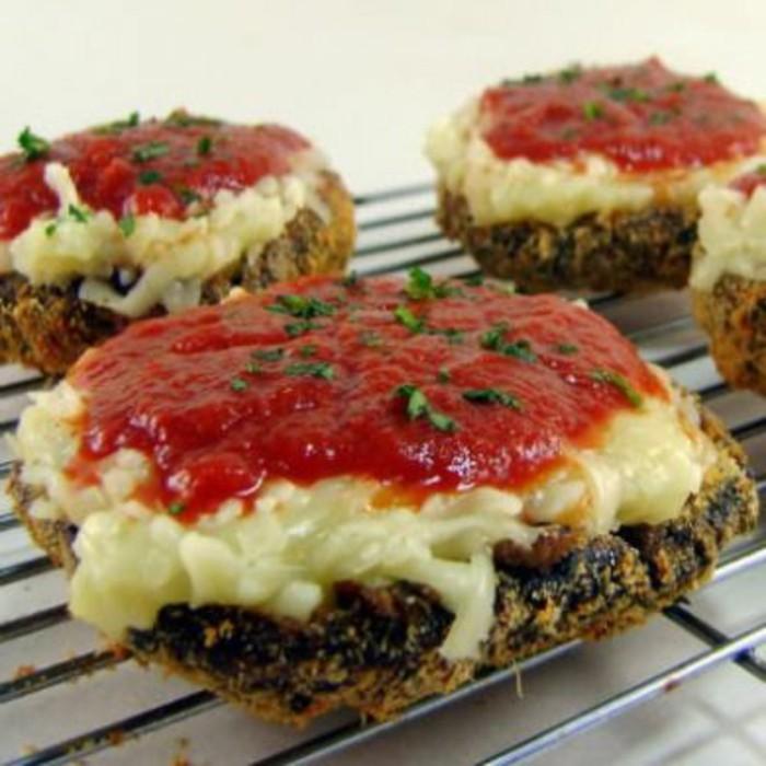recette-champignons-farcis-aux-fromages-et-purée-de-tomates