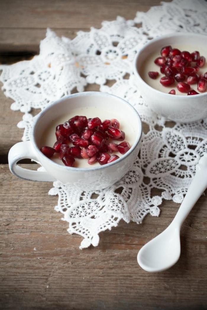 recette-de-panna-cotta-à-la-pomegranate