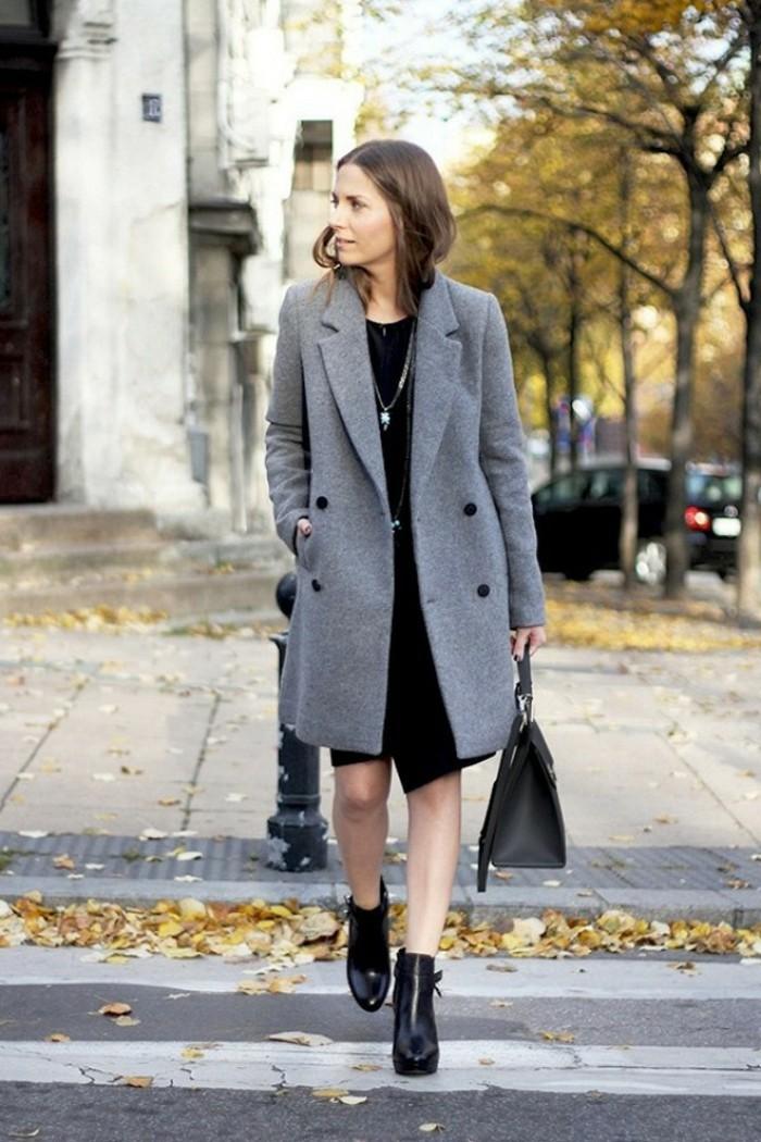 Manteau fausse fourrure gris clair