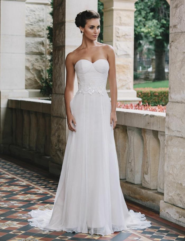 robe-de-mariée-bustier-dentelle-transparent-chic-robes
