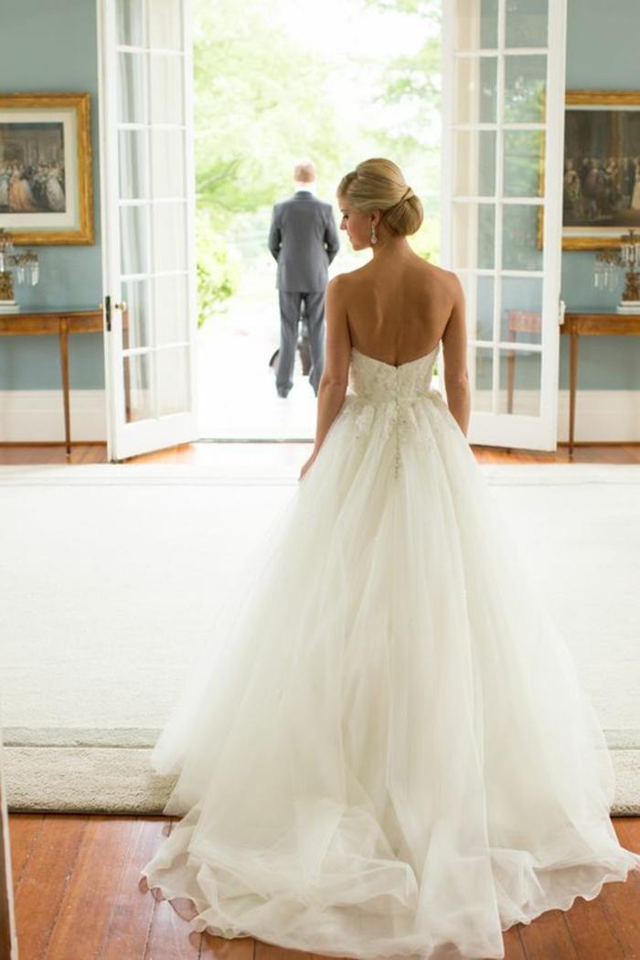 robe-magnifique-robe-mariée-bustier-idée-robe-mariage-robe-de-mariée-simple