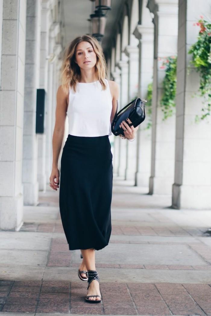 s-habiller-casual-robe-longue-casual-beauté-femme-blanc-et-noir