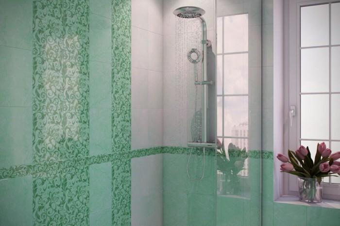 salle-de-bain-bleu-turquoise-bouquet-de-tulipes-cabine-de-douche
