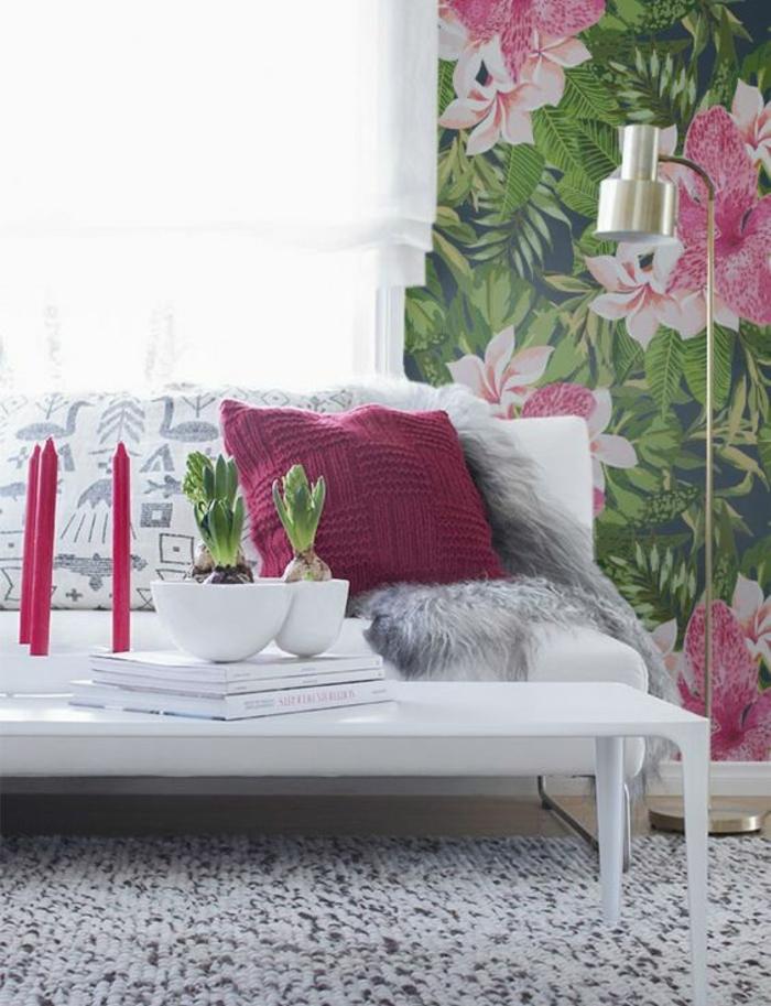 salon-girly-déco-blanche-et-rose-papier-peint-jungle