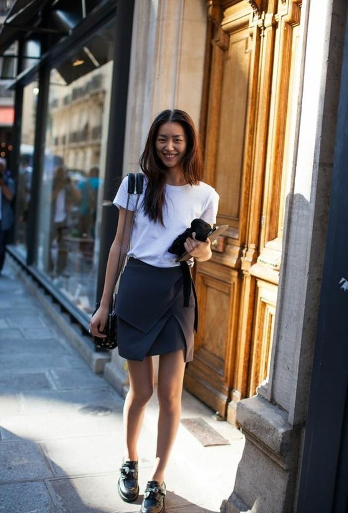 jupe portefeuille à coupe élégante qui féminise la silhouette