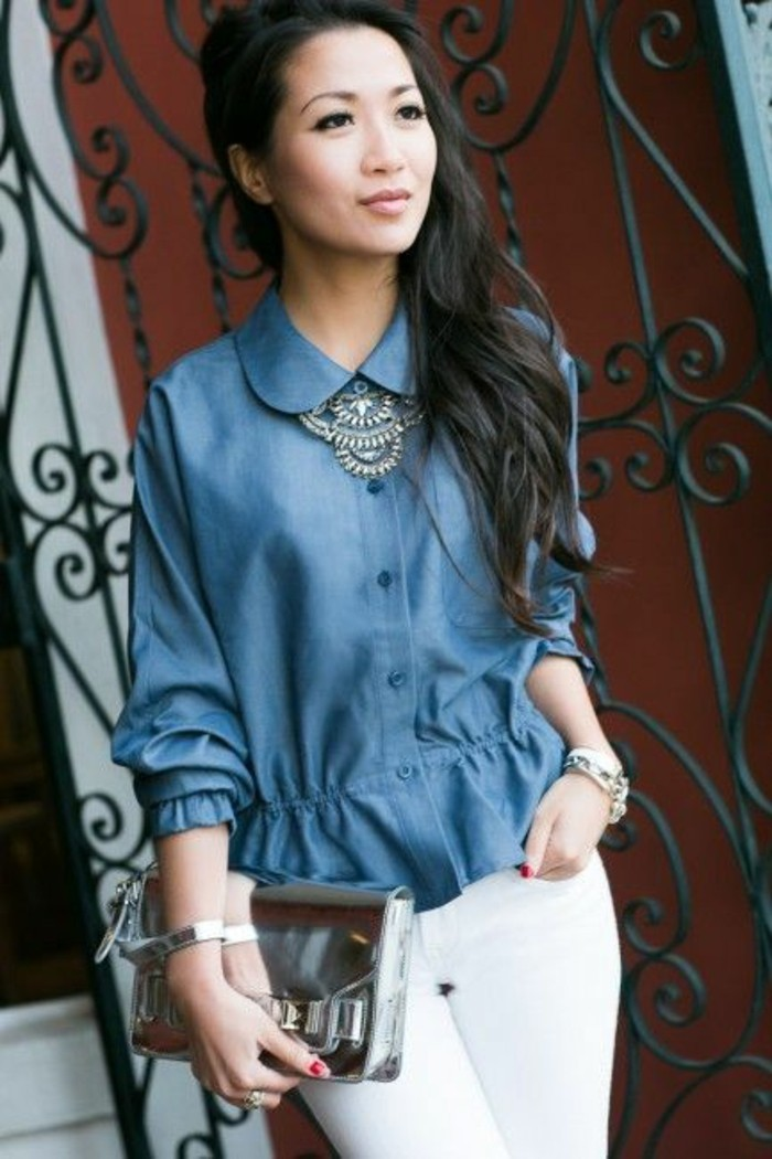 slim-blanc-pochette-argentée-chemise-fluide-femme-effet-jean-col-claune