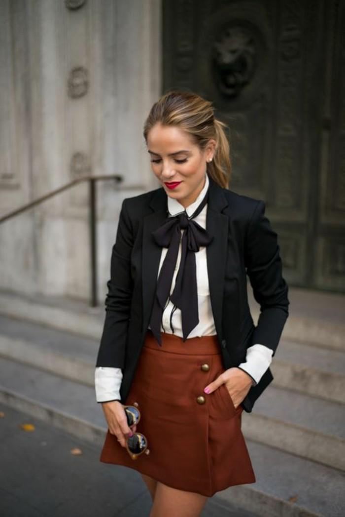 comment s'habiller selon sa morphologie, le style preppy femme, jupe légèrement évasée