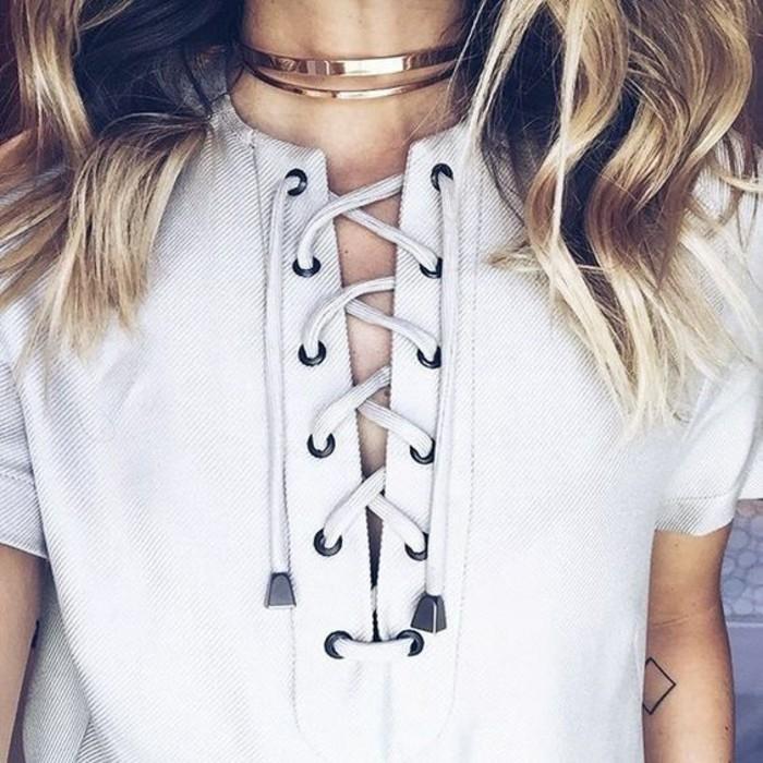 Idée tenue et collier dentelle collier tendance belle fermeture blouse