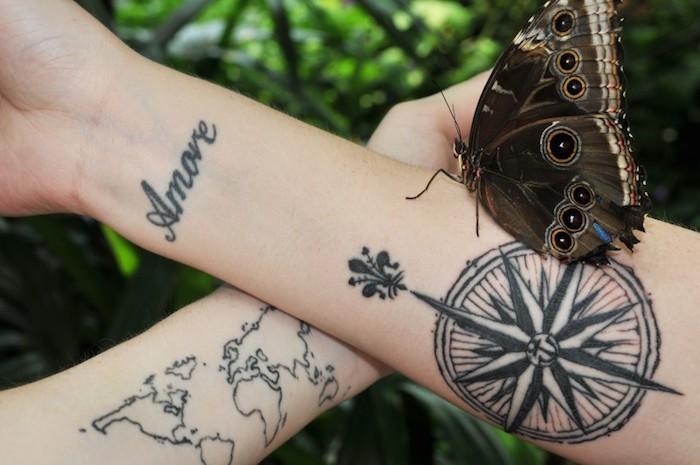 tatouage rose des vents signification et symbole du voyage avec tatoo carte du monde