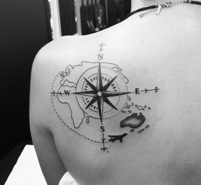signification tatouage boussole et rose des vents signification avec tatoo carte du monde
