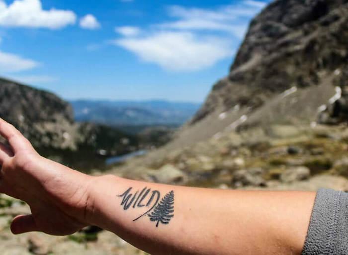 tattoo voyage tatouage homme liberté wild nature
