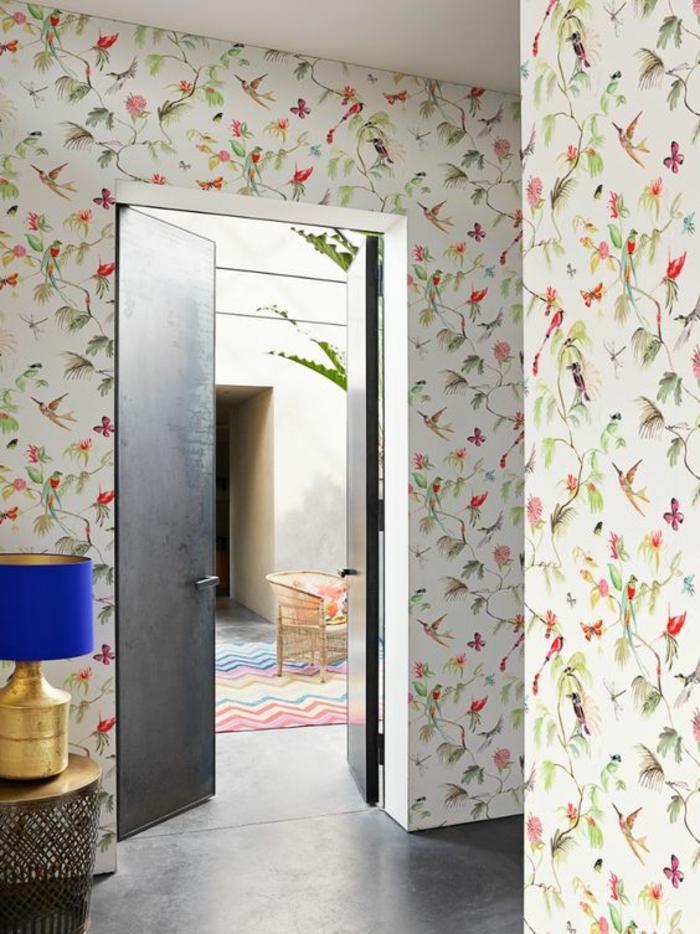 tendance-papier-peint-tropical-à-motif-oiseau-tropical