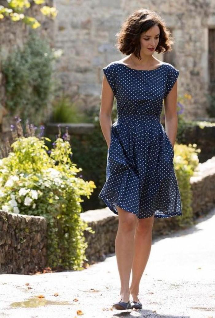 tendance-tenue-chic-décontractée-femme-look-femme-chic-idee-en-bleu