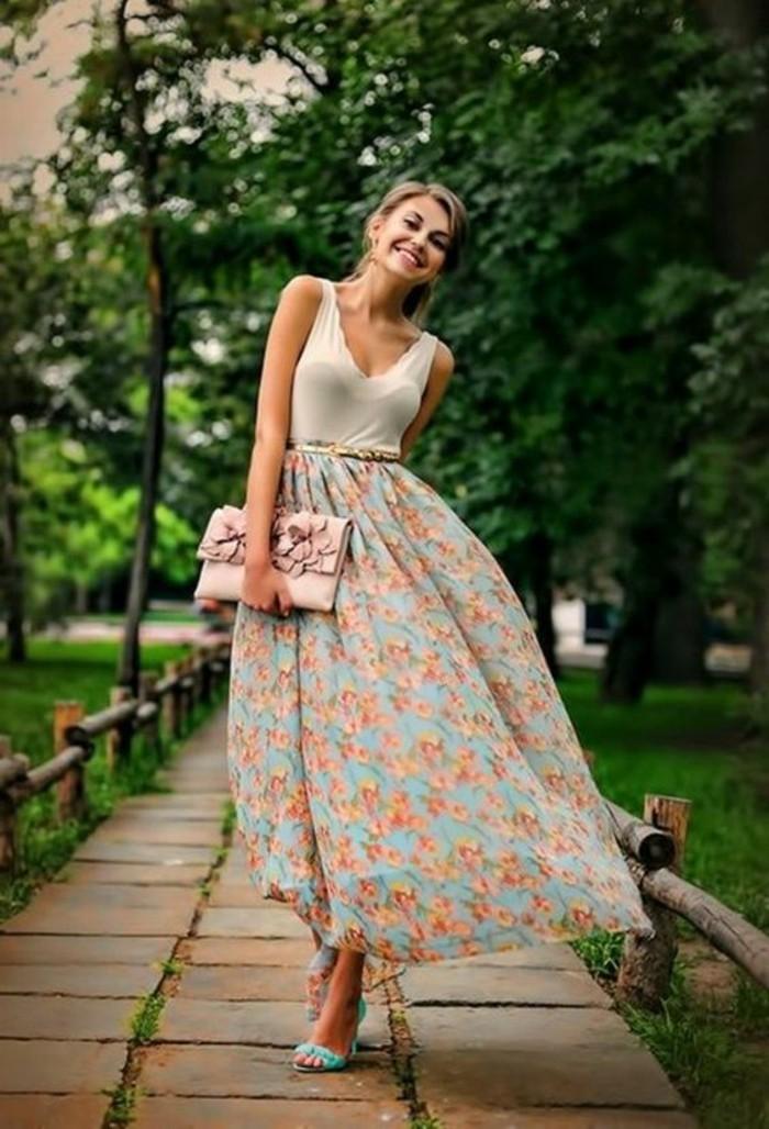 tendance-tenue-chic-décontractée-femme-look-femme-chic-jupe-longue
