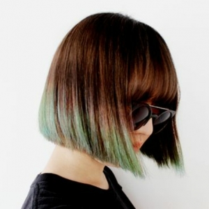 Les cheveux tie and dye en 90 looks - la coloration qui joue sur les contrastes