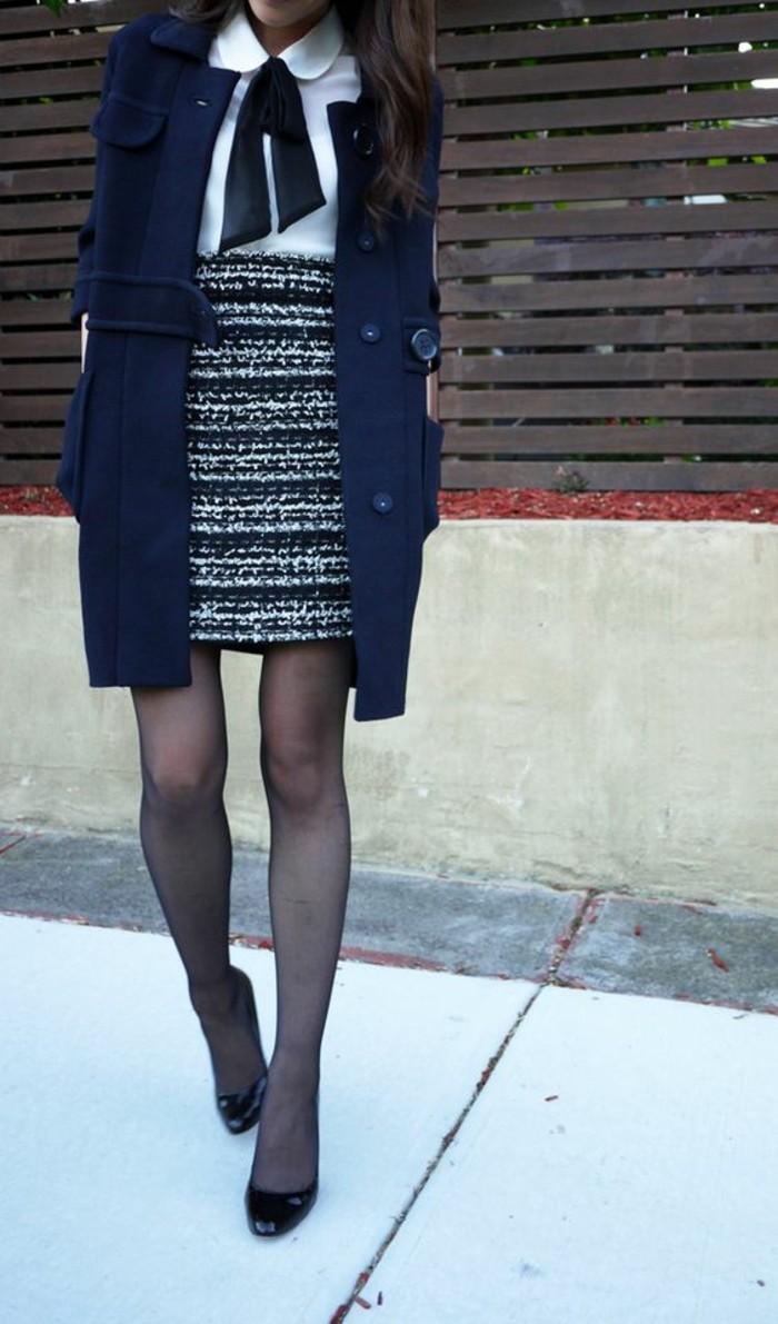 tenue-de-bureau-élégante-jupe-tweed-manteau-en-laine-chemisier-col-claudine-noué