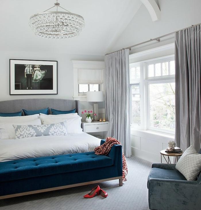 1001 id es pour la d coration d 39 une chambre bleu paon - Chambre jaune et bleu ...