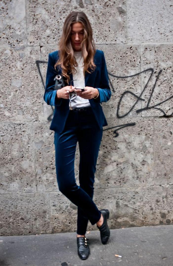 veste femme printemps en velours assortie au pantalon