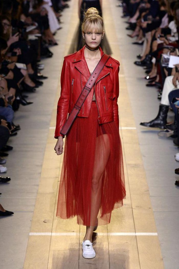 veste d ete femme en rouge motarde de chic