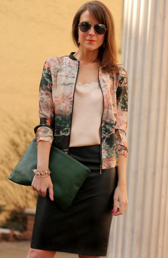 veste d été femme aux fleurs de cerisiers finesse