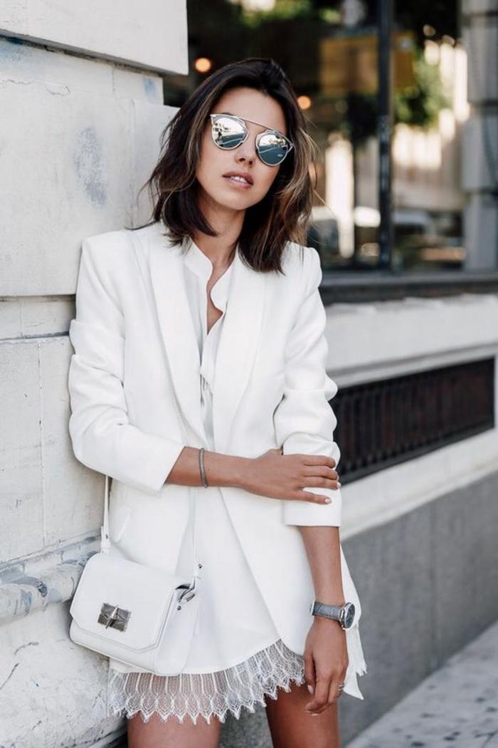 veste d été femme élégante en blanc